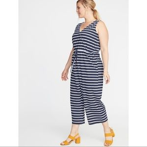 Old Navy Navy and White Striped Plus Size Jumper